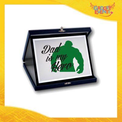 """Targa Decorativa """"Dad is My Hero Green"""" Idea Regalo Festa del Papà Gadget Eventi"""