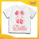"""Maglietta Bianca Femminuccia Bimba """"Scarpine con Nome Personalizzato"""" Idea Regalo T-Shirt Gadget Eventi"""