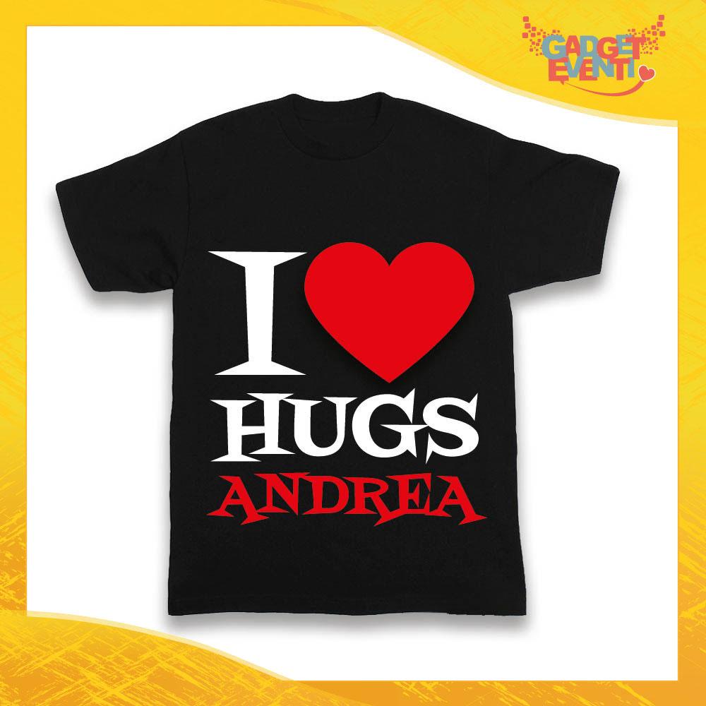 """Maglietta Nera Maschietto Bimbo """"I Love Hugs con Nome"""" Idea Regalo T-Shirt Gadget Eventi"""