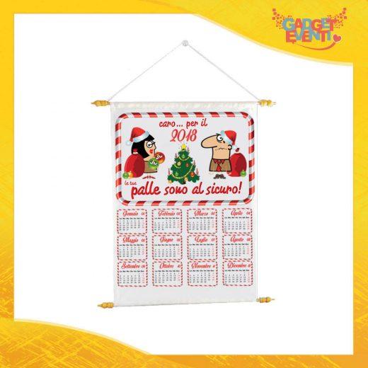 """Calendario Natalizio Personalizzato Grafica Bianca """"Palle al Sicuro"""" con Asta per appenderlo Idea Regalo Festività Natalizie Calendari dell'Avvento Gadget Eventi"""