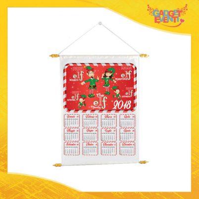 """Calendario Natalizio Personalizzato con Nomi Grafica Rossa """"The Elf Family"""" con Asta per appenderlo Idea Regalo Festività Natalizie Gadget Eventi"""