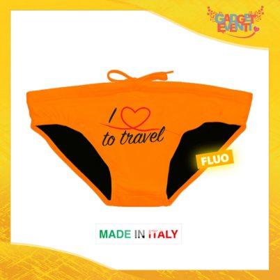"""Costume da Uomo Arancione Fluo """"Love To Travel Cuore"""" Slip Maschile Articolo Estivo per il Mare Gadget Eventi"""