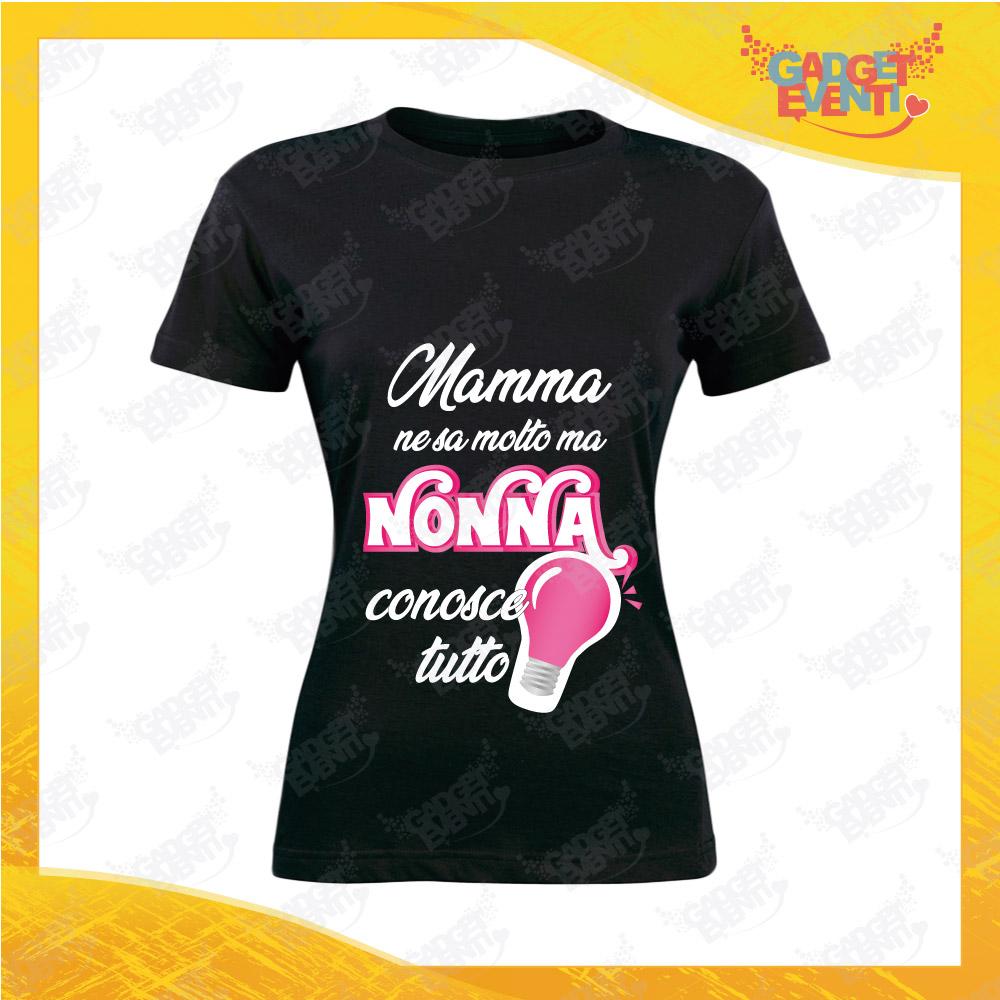 """Maglietta Donna Nera """"Nonna Conosce tutto"""" grafica fucsia Idea Regalo Nonna T-Shirt Festa dei Nonni Gadget Eventi"""