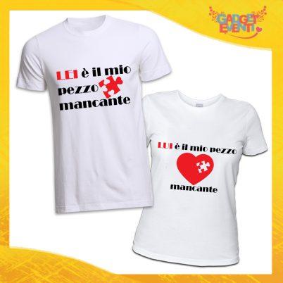 """T-Shirt Coppia Magliette Bianche """"Pezzo Mancante"""" Gadget Eventi"""