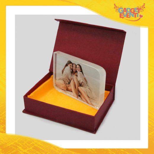 Cristallo con angoli smussati con base e confezioneideato per imprimere foto ricordo.