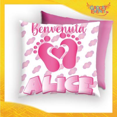 cuscino quadrato bimba personalizzabile con nome cuore piedini